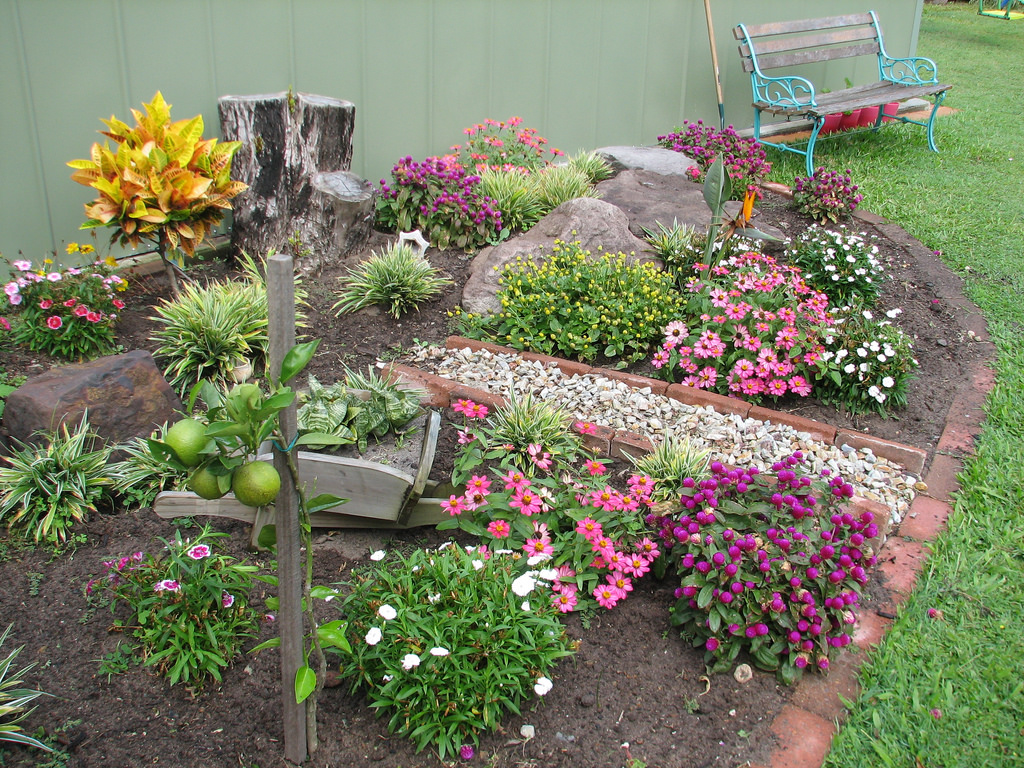 Finding the Right Landscaping Material for your Garden